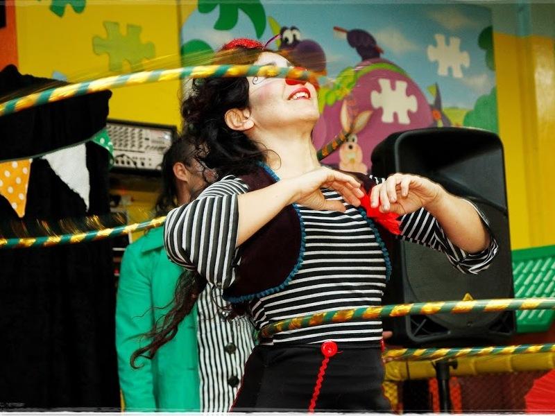 Payunka Circo Animación virtual con destrezas, malabares, burbujas, magia, taller de circo, humor y caritas felices.